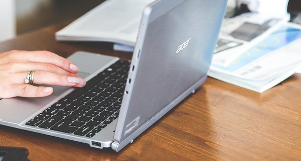 asus vs acer laptop